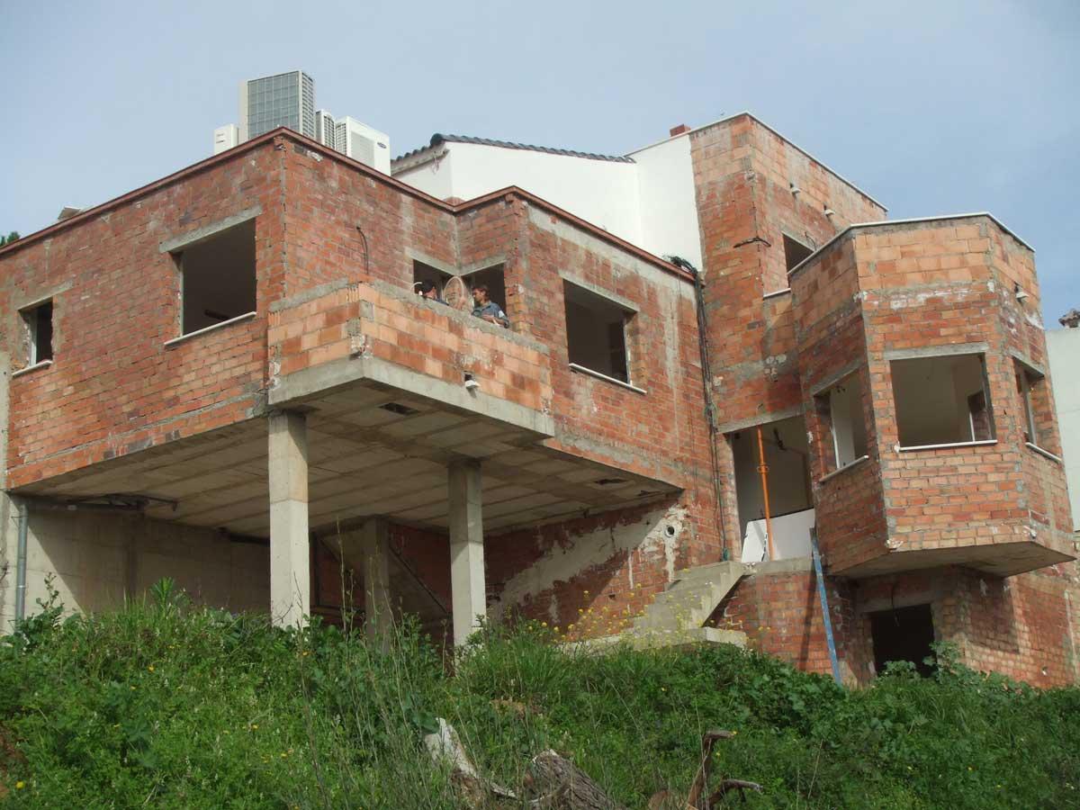 Vivienda unifamiliar iniciacor en c rdoba s l empresa for Construccion de casas bioclimaticas